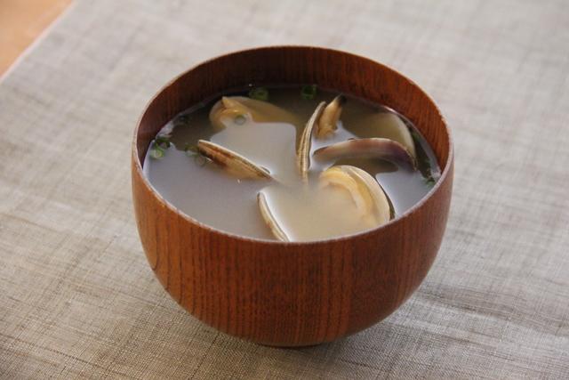 あさり の 味噌汁 の 作り方