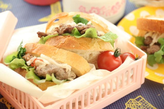 レシピ】ベトナムの味!「バインミー風サンドイッチ」