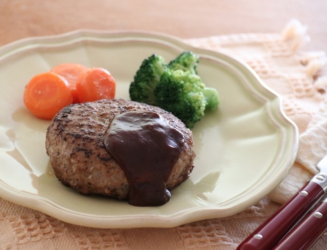 【取り分け離乳食レシピ】献立: ご飯・ハンバーグ・野菜畑の ...