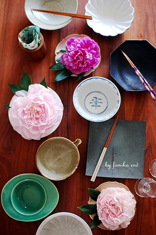 食卓を彩る花のあしらい