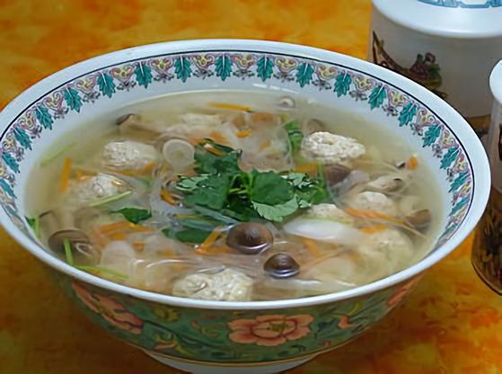 ふわふわ豆腐団子のスープ