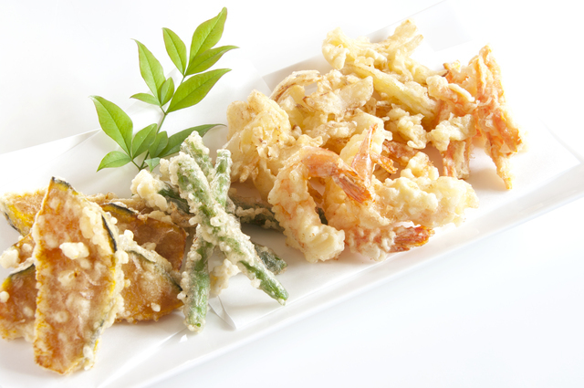 野菜やエビの天ぷら・かき揚げ