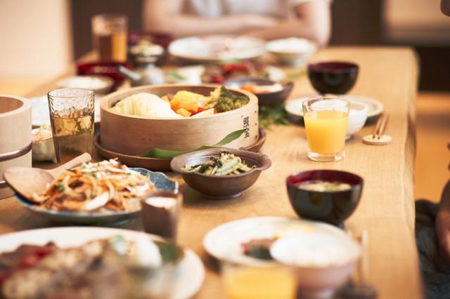 和食が並んだ食卓