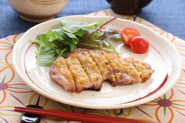 豚ロース肉のネギ味噌焼き