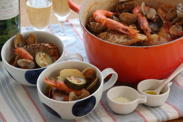 海の幸のトマト鍋