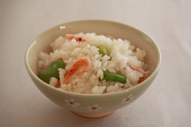 桜海老とそら豆の炊き込みご飯