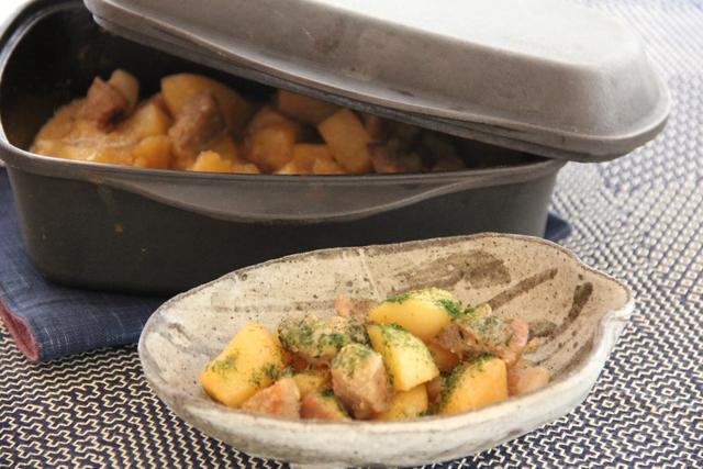 じゃが芋と豚肉のヨーグルト煮