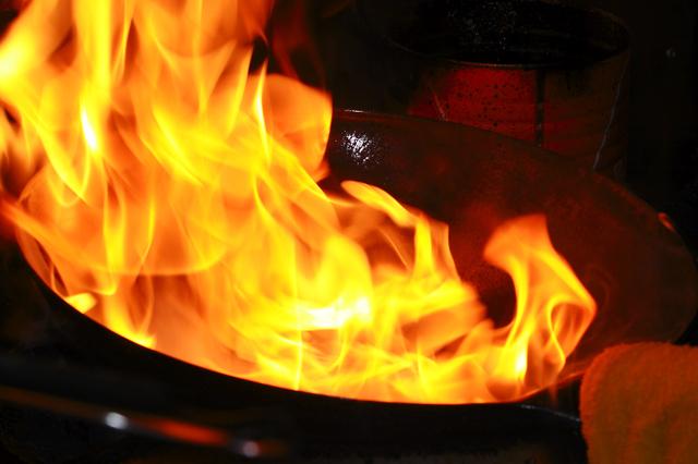 調理中の炎