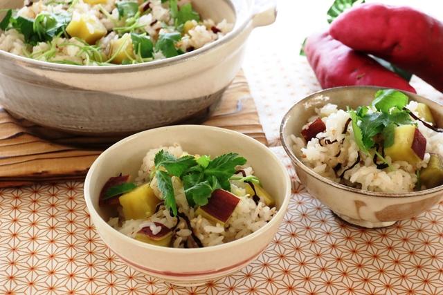 さつま芋と塩昆布の土鍋ご飯