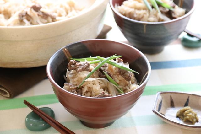 牛肉とごぼうの土鍋ご飯 柚子胡椒風味