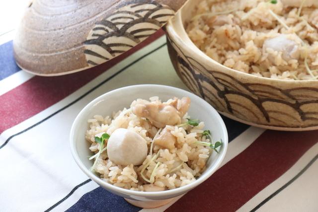 鶏肉と里芋の土鍋ご飯