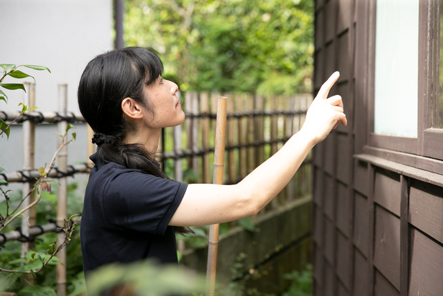 空き家の外壁の状態も細かくチェック