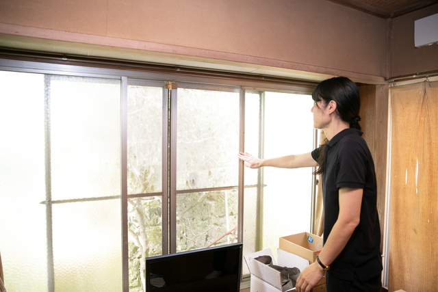 窓の開き具合のチェック