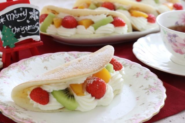フルーツオムレットケーキ