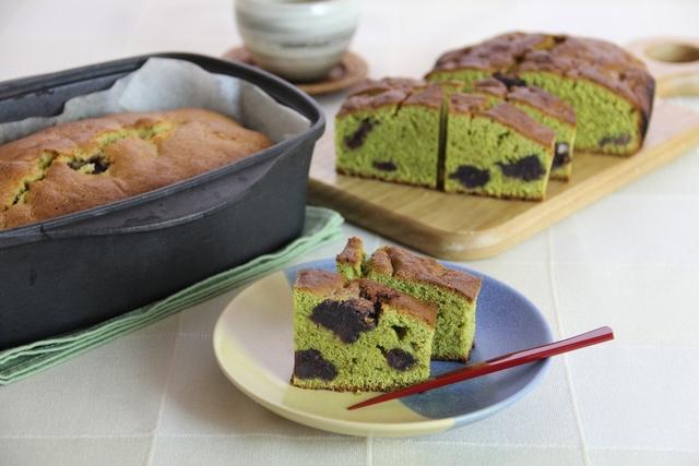 緑茶とあんこのケーキ