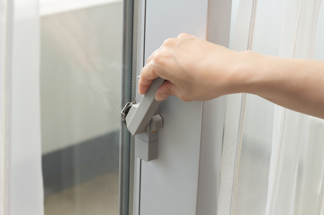 鍵を施錠する