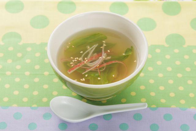 カニカマとレタスのスープ