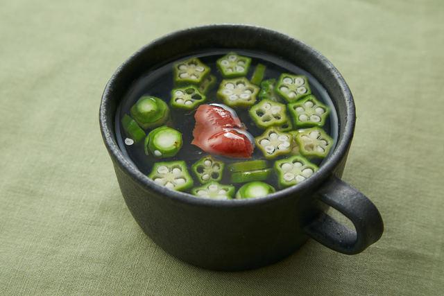 「オクラと梅のスープ」