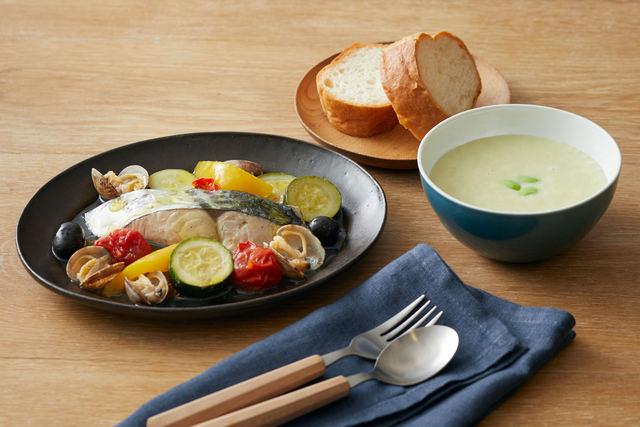 「魚介と夏野菜のアクアパッツァ」と「枝豆の冷製スープ」