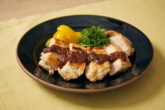 ヨーグルト鶏の万能味噌のせ