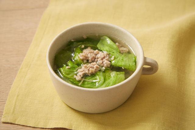ひき肉とレタスのスープ