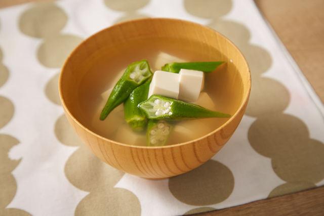 豆腐とオクラの簡単お吸い物