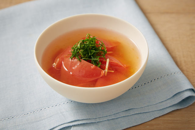 トマトと大葉の香りスープ