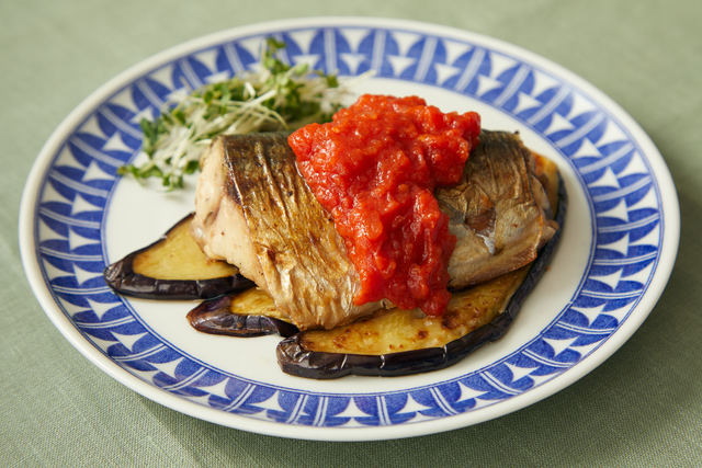 鯖のソテー トマトソース