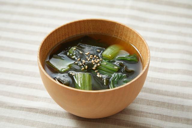 ワカメとチンゲン菜のスープ