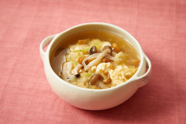 きのこと卵の中華スープ