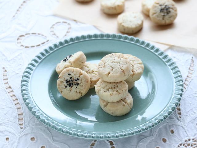 さくさくゴマクッキー