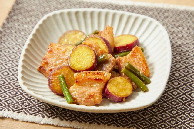 「みそ豚とサツマイモの炒め物」