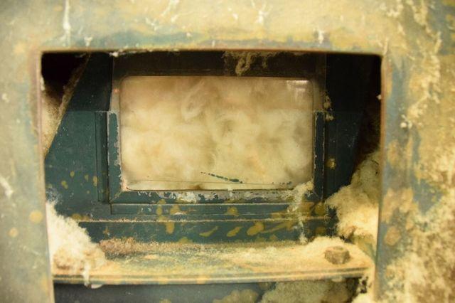 混打綿機(ほぐし機)でほぐされた綿
