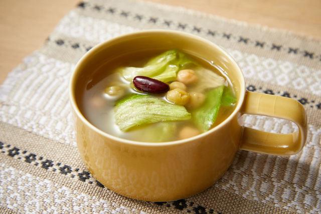 レタスとお豆の簡単スープ