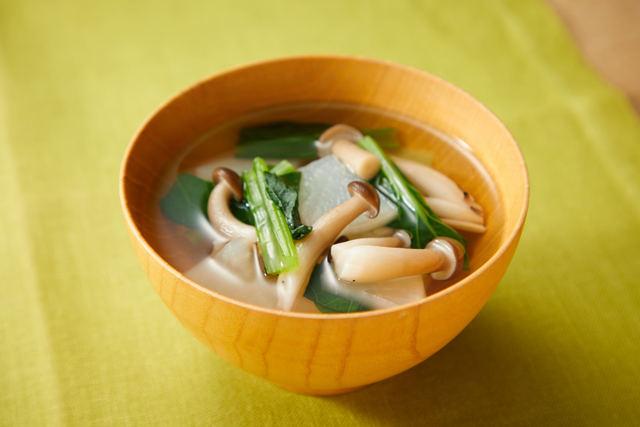 ダイコンと小松菜のすまし汁