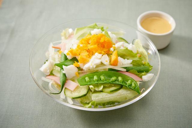 グリーン野菜のミモザ風サラダ
