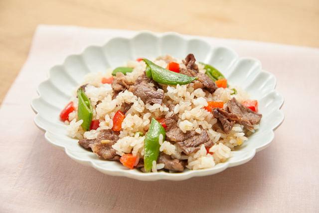 牛肉とスナップエンドウの混ぜご飯