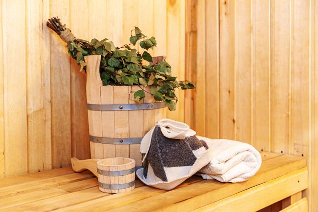 サウナの備品(タオル、桶)