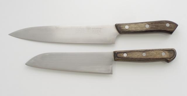 牛刀と三徳包丁
