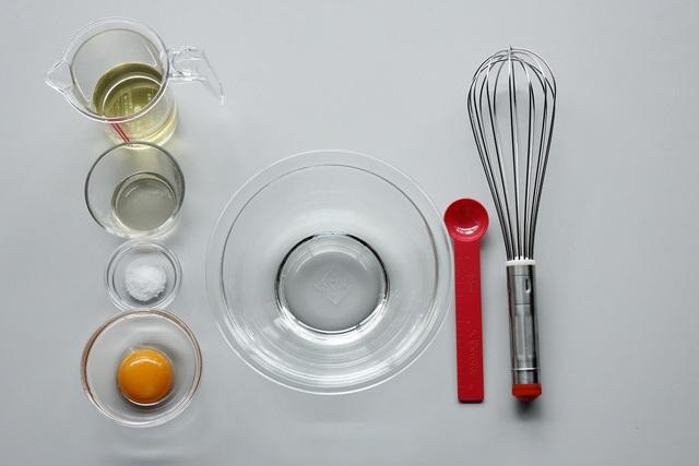 ドレッシングとマヨネーズを作る際に必要な材料・道具