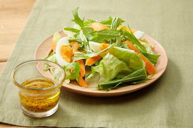 水菜とレタスのシンプルサラダ