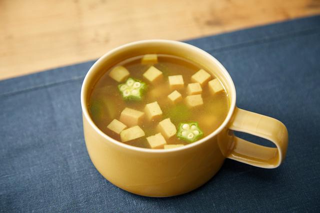 ランチョンミートとオクラのカレースープ