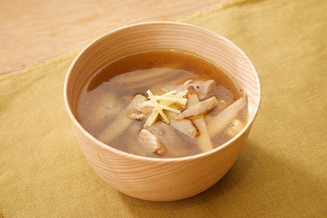 鶏ごぼうの中華スープ