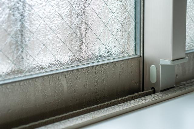 結露が発生している窓