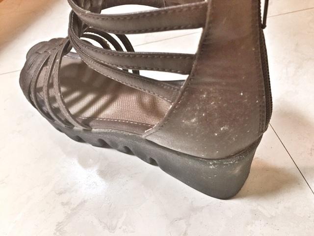 カビが生えてしまった靴