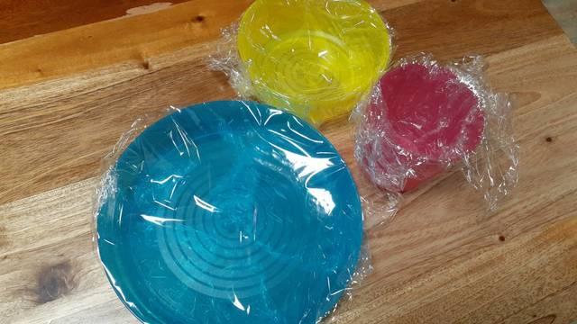 プラスチック製の食器