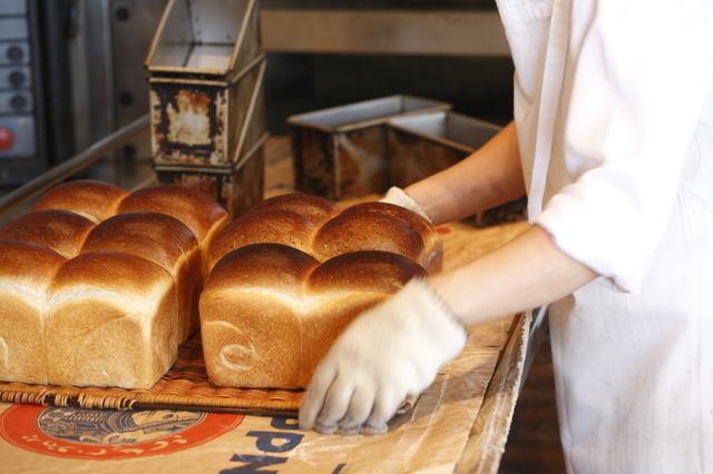 食パン工場