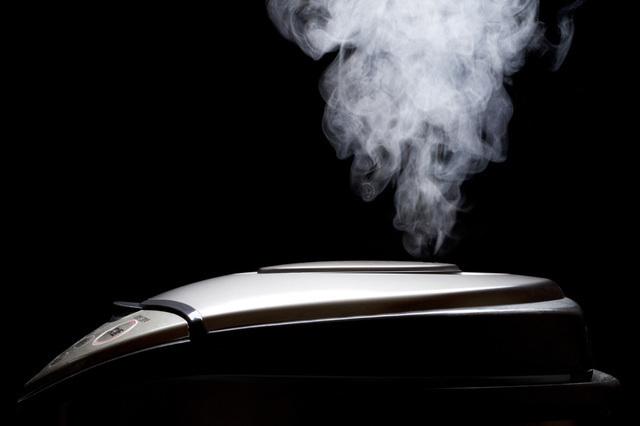 炊飯器から出る蒸気