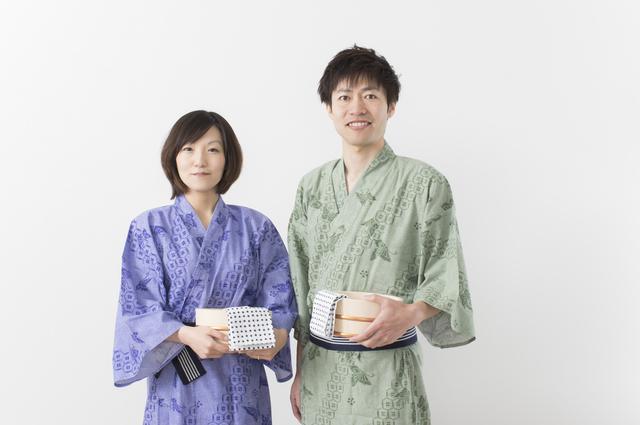 浴衣姿の夫婦