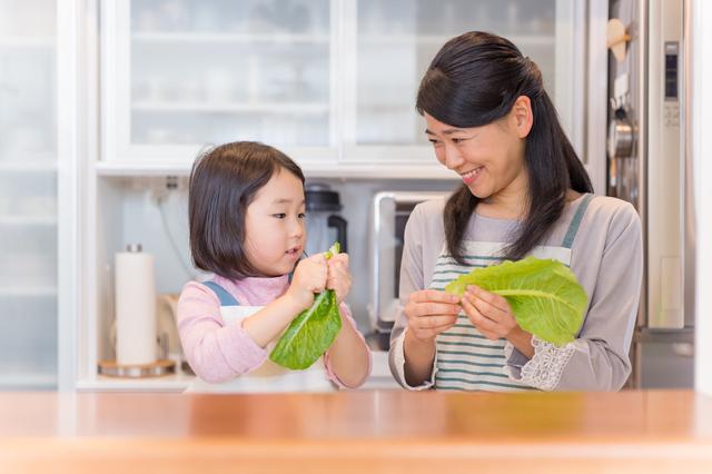 料理のお手伝いの子どもへの教え方